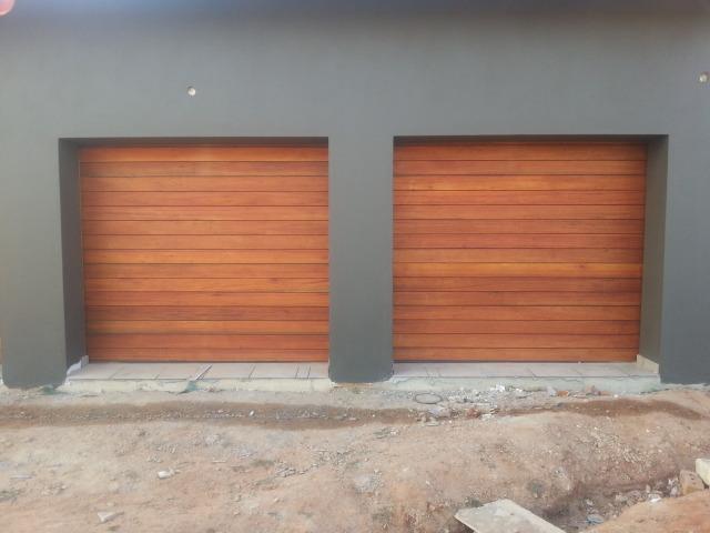 Merveilleux Single Wood Garage Doors. Horizontal Slatted